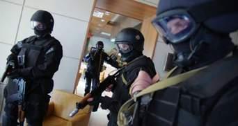 """Обшуки на комунальних підпримствах Дніпра: посадовців підозрюють у """"відкатах"""""""