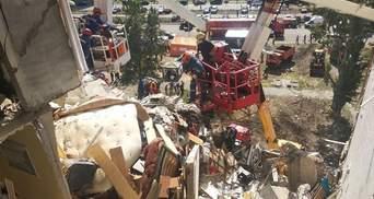 Взрыв на Позняках: возможен обвал дома, жильцов отселят