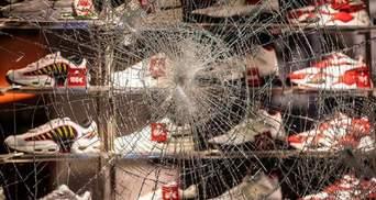 В немецком Штутгарте произошли беспорядки: пострадали 10 полицейских
