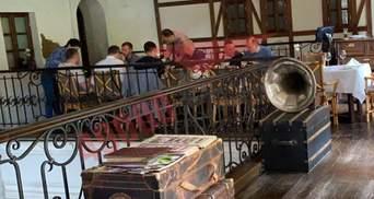 """""""Слуги народа"""" нарушили карантин в ресторане Днепра: фото и подробности"""