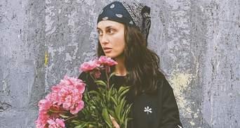 По коліна у воді: Alina Pash застала повінь на Західній Україні – шокуючі фото