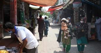 У Пакистані на чорному ринку продають кров людей, які перехворіли COVID-19