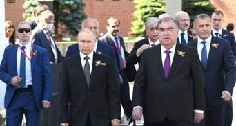 Парад тиранов и фанатов Путина