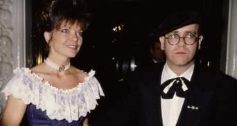 Бывшая жена Элтона Джона подала на него в суд через 30 лет после развода