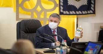 Шмыгаль не хочет и говорить об отставке Авакова