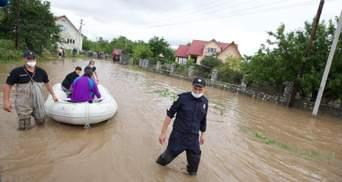 Шмыгаль пообещал достаточно денег на ликвидацию последствий наводнения