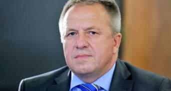 У Словенії скандал на міністерському рівні через маски та апарати ШВЛ