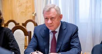 Песец – уже у ворот – эксперты об отставке Смолия с должности главы НБУ