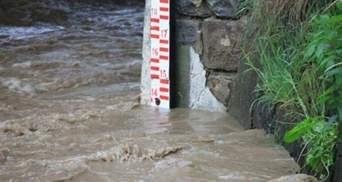 Непогода возвращается на Прикарпатье: ожидают подъем воды в реках