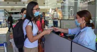 Туристична Чорногорія посилює карантин: що треба знати про нові правила та обмеження