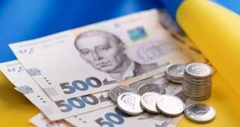 Гривна по 30: может ли зависимость НБУ от власти обесценить валюту