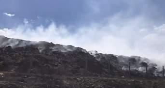 Пожежі на Луганщині: у Сєвєродонецьку горить міське сміттєзвалище – відео
