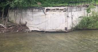 У Шешорах на Прикарпатті негода повністю зруйнувала міст: фото