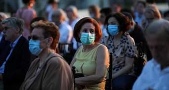 Рост количества инфицированных COVID-19 американцев подрывает восстановление рынка труда США