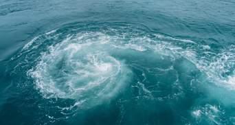 Потужний атлантичний ураган насувається на США