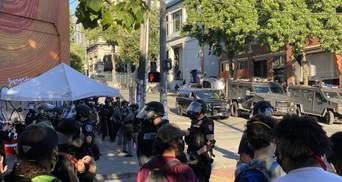 Беспорядки в США набирают обороты: в Сиэтле – десятки задержанных и ранены копы – видео