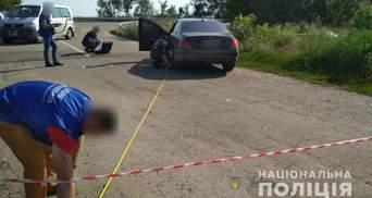 Під Полтавою розстріляли елітний Mercedes: загиблим може бути кримінальний авторитет Мазур