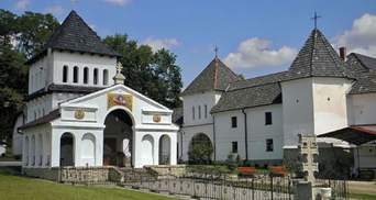 Унівську лавру закрили через спалах COVID-19: недугу підхопили монахи