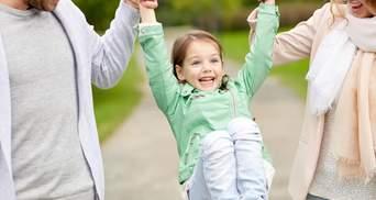 Первые дни ребенка в новой семье: что должны сделать родители после усыновления