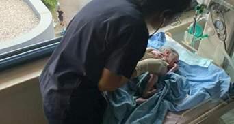В розбитій лікарні без світла: за мить після вибуху у Бейруті народилося немовля – відео