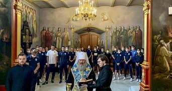 """Футболісти """"Десни"""" відправили на молебень до Києво-Печерської лаври перед початком сезону: фото"""