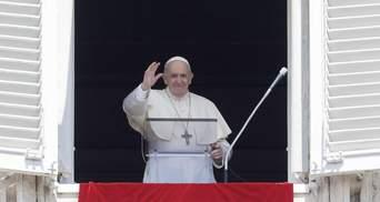Вакцина проти COVID-19 повинна бути доступною для всіх, а особливо для бідних, – Папа Римський