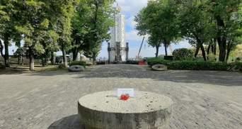 Вандали намагалися зруйнувати скульптуру про Голодомор: як прокоментував В'ятрович