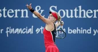 Травмована Ястремська на характері здобула перемогу та вийшла в 1/8 фіналу турніру в США: відео