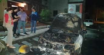 """Полиция задержала подозреваемых в поджоге автомобиля """"Схем"""": детали"""
