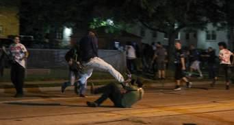 У США тривають протести через поранення копами темношкірого: є загиблі, поранений