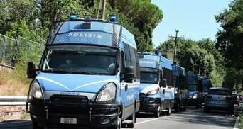 В итальянской больнице мигранты покусали медиков и военных: детали инцидента