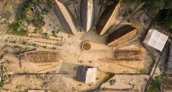 Бамбукове житло: в Камеруні будують село, яке вирішить проблему з доступом до води – фото