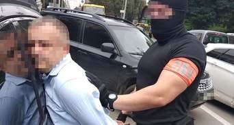Взятка в 37 тысяч долларов: СБУ задержала главу ГФС Тернопольщины – фото