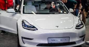 Як змінилася ціна акцій Tesla за останні 10 років: графік та цікаві факти про компанію