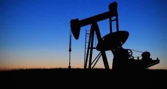 Нефть снова дешевеет: насколько упали цены и что известно о ситуации на рынке