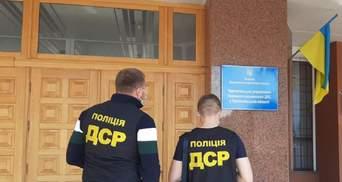 Уничтожили 60 тонн алкоголя: чиновников ГФС Тернопольщины подозревают в растрате – фото