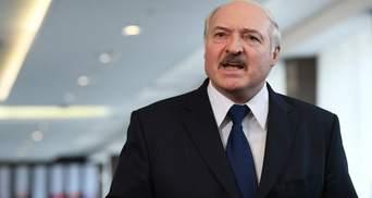 """Лукашенко просит Украину """"вернуть"""" белорусов Родненкова и Кравцова"""
