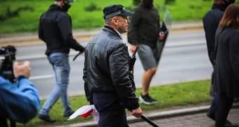 Тітушки – провісники краху: що спільного у режимів Лукашенка і Януковича?