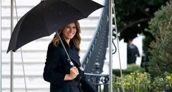 У чорному пальті: Меланія Трамп показала елегантний образ – фото