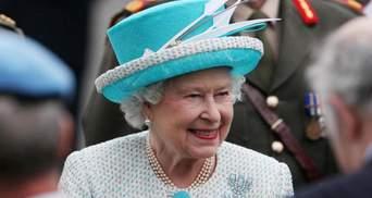 Подарунок президента Сінгапуру: якою є улюблена брошка королеви Єлизавети