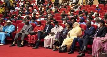 За участю військової хунти: після перевороту в Малі створюють перехідний уряд