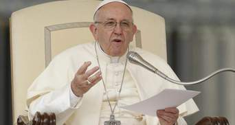 Прислухайтесь до голосу громадян: Папа Римський закликав владу поважати протестувальників