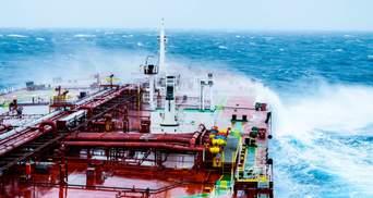 """Ураган """"Саллі"""" призупиняє нафтовидобуток: що з цінами та як змінилася ситуація на ринку"""