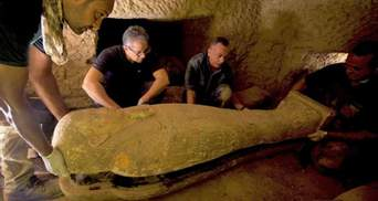 В Єгипті знайшли 27 недоторканих саркофагів, яким 2,5 тисячі років: фото