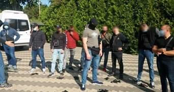 Під час з'їзду ОПЗЖ на Одещині поліція затримала пів сотні озброєних людей: фото