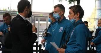 """""""Колос"""" и """"Десна"""" перед вылетами на матчи ЛЕ встретились в аэропорту и сделали фото"""