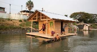 Саморобні будинки на воді: як в Еквадорі зводять модне, але проблемне житло – фото