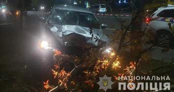 Пьяный полицейский сбил мать с дочкой на переходе в Броварах: одна женщина погибла