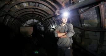 """22 бастующих шахтера на шахте """"Октябрьская"""" игнорируют любые  контакты с администрацией"""