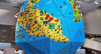LEGO показали четырехметровый глобус, который помогли создать дети: крутые фото